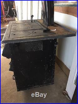 1952 Vulcan-Hart 8 Burner Cast Iron Wood Or Coal Stove RARE