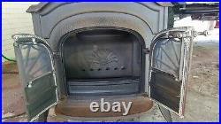 1979 Vintage Vermont Casting Resolute Wood Burning Stove, Vintage Cast Iron