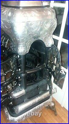 Antique Cast Iron Base Burner Stove Home Stove Company No. 113