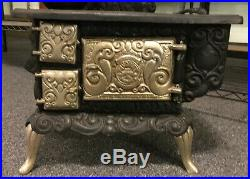 Antique FAVORITE Salesman Sample Stove Miniature Cast Iron Wood/Coal 27 Tall