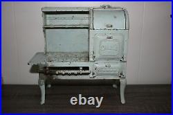 Antique Large HUBLEY EAGLE COOKING STOVE RANGE Cast Iron Toy