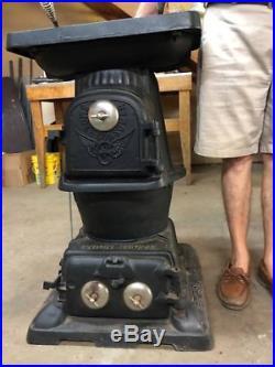 Antique Railroad Quailty Cast Iron Pot Belly Stove