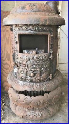 Antique Round Oak Cast Iron Wood Stove P. D. Beckwith Model 18 Parlor Stove