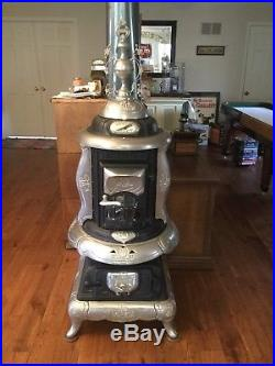Antique Wood Burning Cast Iron Potbelly Stove Ilinoy No. 44 Quincy Illinois