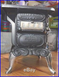 Exceptionally RARE Antique Dolly's Favorite Salesman Child Cast Iron Toy Stove
