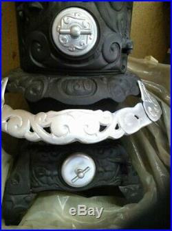 Foster Stove Company Ironton, Ohio Junior Parlor Stove. Cast Iron Stove