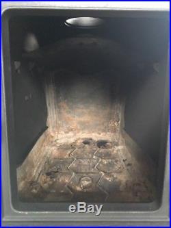 Jotul 602N Classic Cast Iron Wood Burning Stove Black Finish Top Flue Exit #38