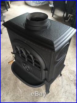 Jotul F3 Classic Cast Iron Wood Burning Stove Black Finish Top Flue Exit #40