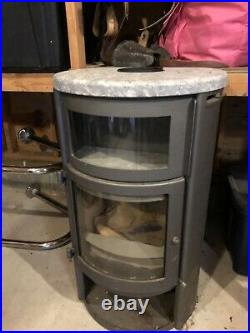 Jotul wood stove
