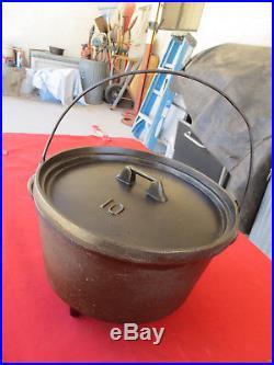 Rare Vintage KING Stove & Range Martin #10 Cast Iron Camp Oven Dutch Chuckwagon