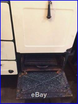 VTG 30s CAST IRON MAGIC CHEF OVEN Gas Stove Antique Ivory Enamel 4 Burner