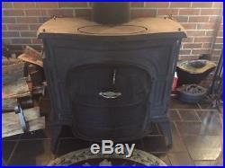 Vermont casting defiant wood stove