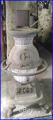 Vintage Antique Cast Iron Magee Furnace Co. Boston, Mass. Coal Wood Stove