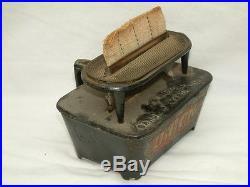 Vintage CO & GS Union Kerosene Flat Cast Iron Sad Heater with Kenrick # 6 Iron