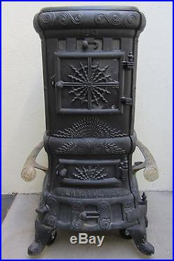 Vintage Cast IRON Wood Stove (JEWEL STOVE WORKS DETROIT) NICE