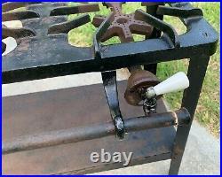 Vintage GRISWOLD Elevated Cast Iron 3-Burner Gas Line Stove Model No. 2030