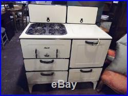 Vintage Gas Magic Chef Cast Iron Stove/Oven