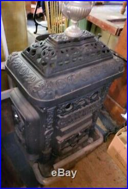 Wood Burning Stove, Sylvan Red Cross with Cooking Plate